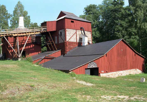 Hyttan i Engelsberg består av rostugn och masugn. Foto: Jan Norrman/Raä.
